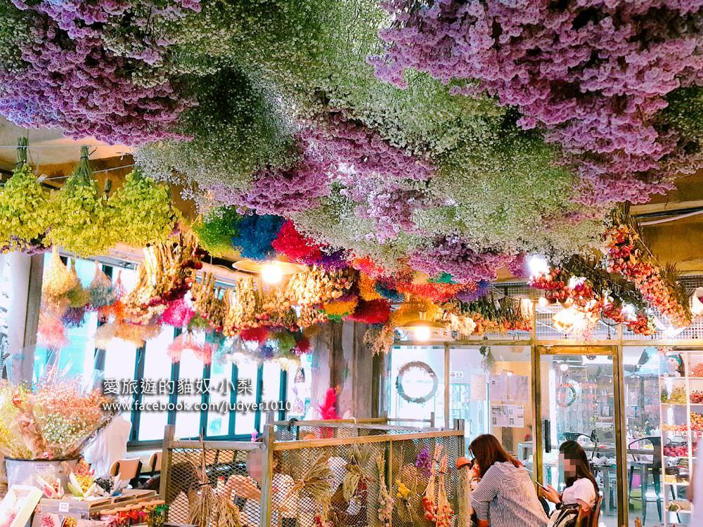 【釜山景點】南浦站\釜山也有花草咖啡廳,美麗的乾燥花束海天花板,光復路商店街上!