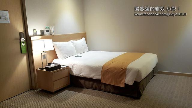 明洞住宿-新東方酒店房間方正寬敞
