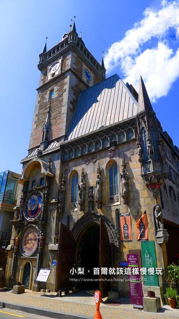 【韓劇場景】CASTEL PRAHA\在弘大遇見布拉格廣場上的天文鐘,《對我而言可愛的她》有來此取景哦~